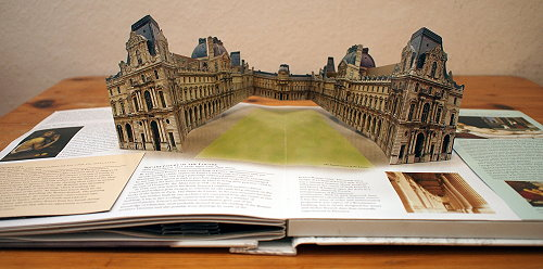 "Louvre im ""Renaissance Art Pop-up Book"""