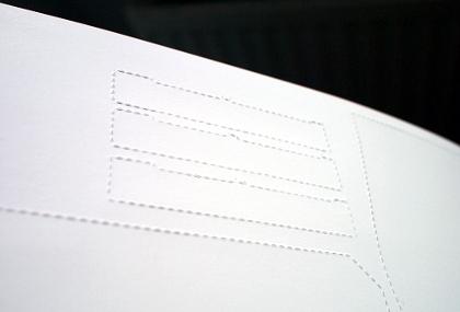 Perforation im Bastelbogen des Titanic-Modells