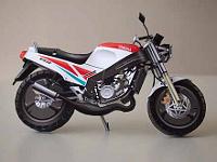 Yamaha TZR125 Papiermodell